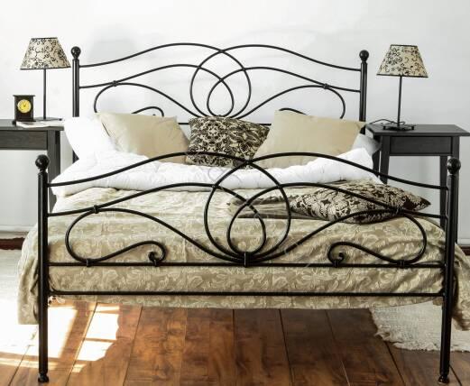 łóżko Metalowe Kute Iris Z Dwoma Szczytami